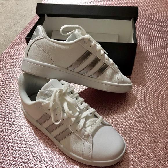 le adidas come nuovo neo vantaggio scarpe taglia 6 poshmark
